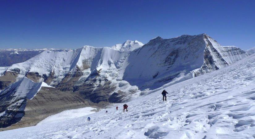 Climbing Mt. Putha Hiunchuli