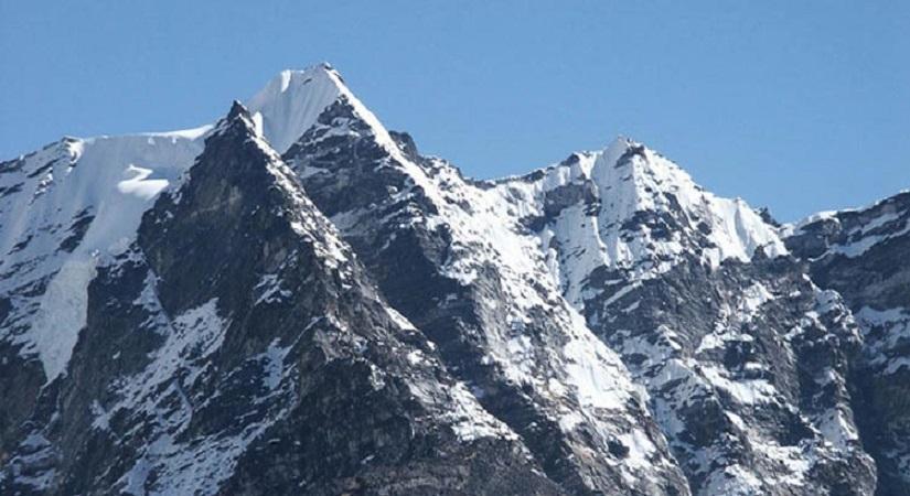 Kwangde Peak (6187m/20298ft)
