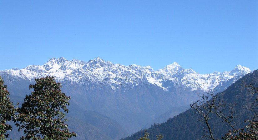 View of World Towering mountains from Phakding (2640m/8659ft)