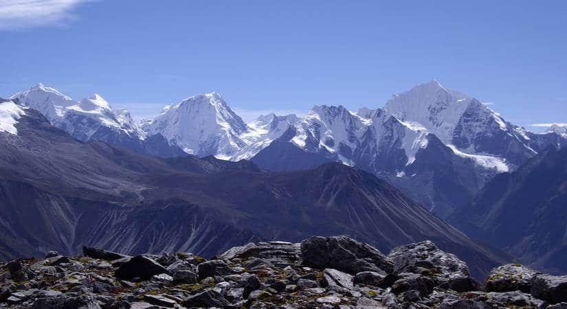 Snap taken of snow-peak on the way to Langtang Lirung <br> (7234m/23727ft)