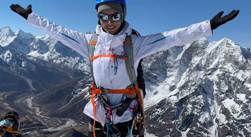 Lobuche Peak Summit 6119m