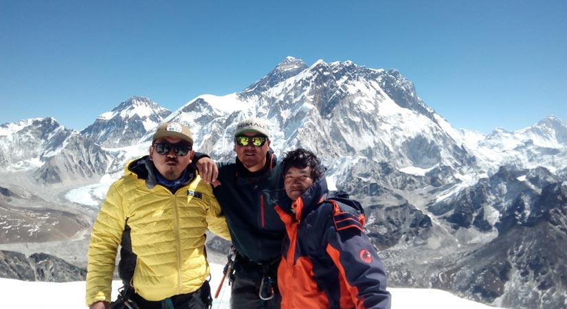 Summit at Lobuche Peak Climbing (6119m/20070ft)