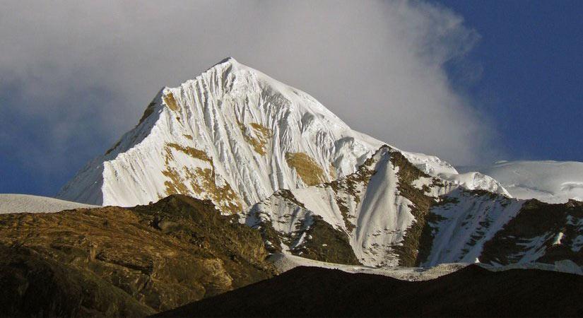 View of Singu Chuli Peak (6501m/21328ft)