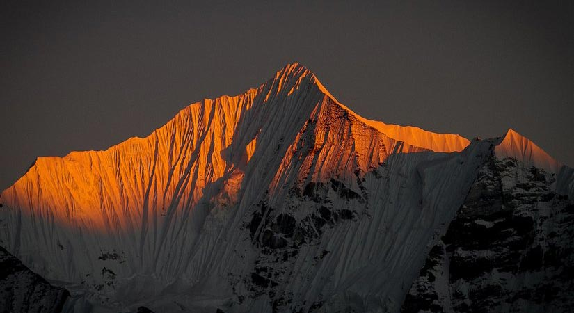 Sunset view of Dorje Lakpa (6966m/22848ft)