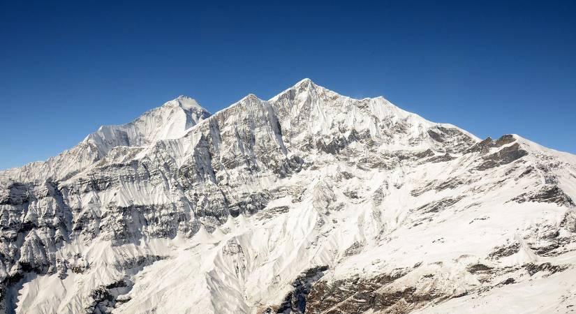 Tukuche Peak (6920m/22698ft)