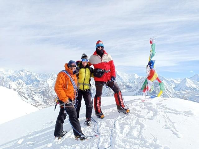 Mera Peak Summit [6,476 m]