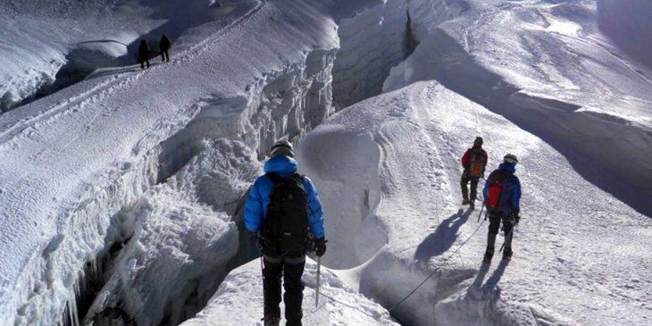 Isand Peak Climbing with Everest Base Camp Trek